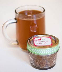 Cozy up with some pals and treat them to hot buttered rum mix in jars. Photo: Nancy Einhart