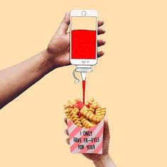 Anshuman Ghosh creates a quirky world using his iPhone. With seamless illusions, he transforms his device from a phone into a toaster, vase, and much more. Ads Creative, Creative Advertising, Print Advertising, Advertising Campaign, Print Ads, Desgin, Café Vintage, Food Puns, Social Media Design