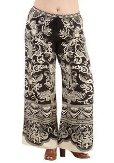 Sarasota Serenity Pants in Plus Size. Find calm and beauty by the beach in these must-have pants. #black #modcloth