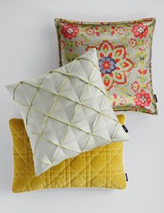 SAHCO Home Collection / PIXUS Cushion, COSMO Cushion pleats, HUDSON Cushion