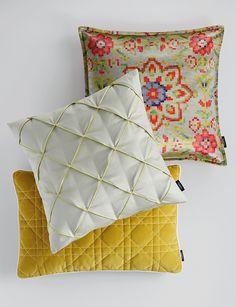 SAHCO Home Collection / PIXUS Cushion, COSMO Cushion pleats, HUDSON Cushion
