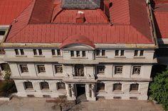 Departamento de Fïsica Cabin, House Styles, Home Decor, Photo Galleries, Buildings, Decoration Home, Room Decor, Cabins, Cottage