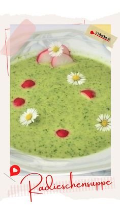Frühlingszeit ist Suppenzeit! So, wir haben es gesagt. Auch wenn die Tage länger, wärmer und heller werden, an einer Schüssel voll dampfender Köstlichkeiten kommen wir nicht vorbei. So sehr wir die kleinen rosa Knollen verehren, ab heute schenken wir definitiv auch den Blättern mehr Beachtung. 😋