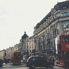 Oxford Street / London.