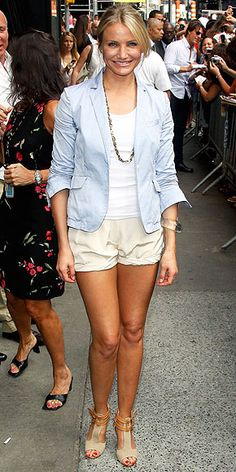 Fresh summer style | Cameron Diaz  Love the timeless combinations she makes.