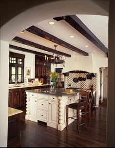 Fancy-Classic-Kitchen-with-Mediterranean-Decor-Coleridge-Avenue-Interior.jpg (550×710)