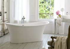 This is a french elegant bathtub new Toulouse by Victoria & Albert have the aesthetic Old World romance personified. This modern bathtub design is a freestanding bathtub features elegant lines, gentle curves and pouting lips that adds some much needed drama to the design. The extra deep bathtub lets you sit and soak, wrapping every muscle is pure bliss. Placed in the middle of a room and paired with traditional-style floor-mounted hardware, this modern bathtub embodies romance, luxury and…