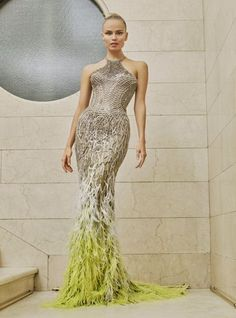 Atelier Versace Spring/Summer 2017 Couture Collection | British Vogue