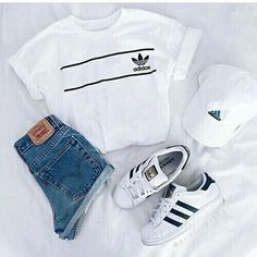 my 6 brothers and me chaos preprogrammed summer fashion ideas Adidas Outfit brothers chaos Fashion ideas preprogrammed Summer Teen Fashion Outfits, Mode Outfits, Look Fashion, Winter Outfits, Fashion Women, Fashion Clothes, Trendy Fashion, Casual Teen Fashion, Fashion Shoes