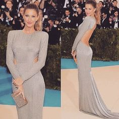 #fashionpost #fashion #famous #celebrity #metgala #metgala2017 #meriamode #2017  #mode #model #modeling #giselebundchen #photomodel #photoshoot #photography #runwaymodel #topmodel #supermodel #makeup #belle #beautiful #blogger #blogpost #style #lux#vs#angels http://tipsrazzi.com/ipost/1505841978779412447/?code=BTl000pBKff