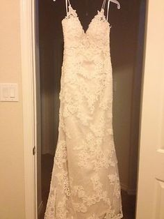 BRAND NEW!! Casablanca 1975 wedding gown