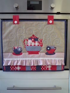 Mini Quilt Patterns, Sewing Patterns, Pelmet Box, Decorated Gift Bags, Sewing Rooms, Kitchen Sets, Graphic Design Posters, Sewing Crafts, Applique
