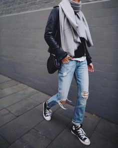 Casual style for March - ChicLadies. Look Fashion, Street Fashion, Winter Fashion, Fashion Outfits, Womens Fashion, Fashion Styles, Outfits With Converse, Casual Outfits, Outfit Trends