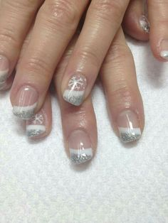 Nails silver 17 Luxury Gel Nails Reading - New Years white silver French gel nails accented w. 17 Luxury Gel Nails Reading - New Years white silver French gel nails accented w a snowflake how sparkly Christmas Gel Nails, Christmas Nail Art Designs, Holiday Nails, New Year's Nails, Fun Nails, Pretty Nails, Gorgeous Nails, Fingernail Designs, Gel Nail Art