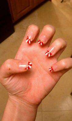 Peppermint candy tips! For those of you with ridiculously nice long nails...