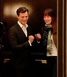 Fifty Shades of Grey - Dakota and Jamie having fun on set behind the scenes