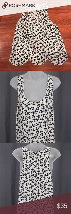 Joie black white geometric silk tank top Preown in good condition , 100% silk, sleeveless slip on style, scoop neck, scallop hem detail, bust: 36 inches, length: 26 inches Joie Tops Blouses