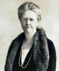 Helen Hills Newell Garfield - was the wife of James Rudolph Garfield. Daughter-in-law of President James Garfield All Presidents, American Presidents, 20th President, William Henry Harrison, Laura Bush, Long Pictures, Daughter In Law, Michelle Obama, United States