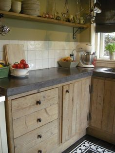 Light wood with concrete countertops. Kitchen Interior, Kitchen Inspirations, Kitchen Cabinets, Kitchen Remodel, Kitchen Dining Room, Wood Kitchen, Kitchen Redo, Home Kitchens, Kitchen Renovation