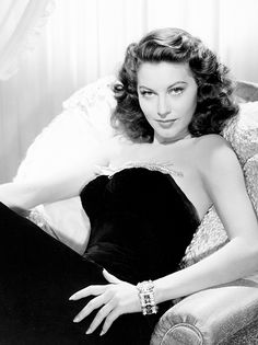 Beautiful black & white photo of Ava Gardner A blast from the Past WOW....