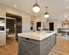 Grey Cabinets Kitchen Painted Grey Painted Kitchen, Dark Grey Kitchen Cabinets, Kitchen Cabinets Pictures, Wood Floor Kitchen, Kitchen Cabinet Colors, Grey Kitchens, Painting Kitchen Cabinets, Kitchen Colors, Beige Kitchen