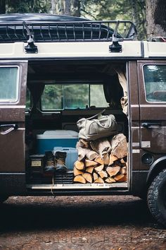 Jet Lagged and Jaded - nightoesphere:   folklifestyle:   FOLK's latest...