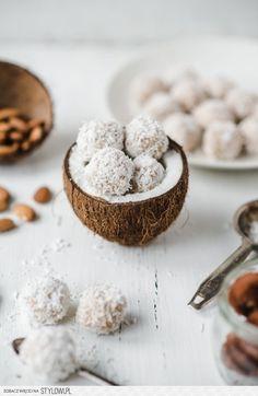 Trufle kokosowe bez cukru na Stylowi.pl