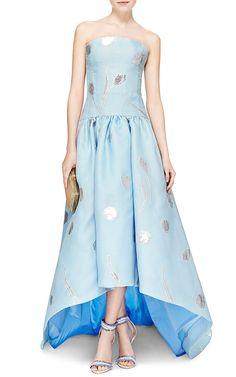 Embroidered Hi-Low Strapless Gown by Oscar de la Renta - Moda Operandi