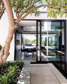 "1,037 Likes, 14 Comments - Benjamin Johnston Design (@benjaminjohnstondesign) on Instagram: ""Indoor/outdoor living in the best way courtesy of @townhousemag Happy Saturday friends!…"""