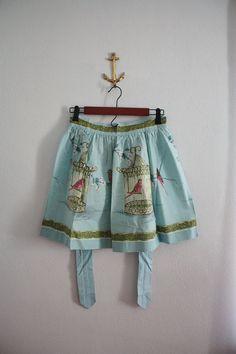 adorable vintage apron