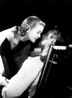 Grace Kelly & Jimmy Stewart in Rear Window (1954, dir. Alfred Hitchcock)