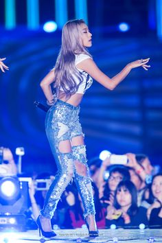 She has such a healthy and gorgeous figure <3 #Bora