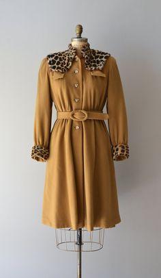 vintage 1930s coat / wool 30s coat / fur collar / by DearGolden, $535.00