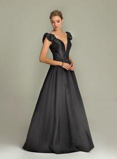 moda-nisanlik-icin-kiyafet-abiye-elbise-modelleri