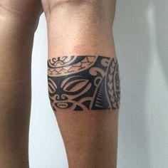Tatouage Polynesien Homme Coude Tatouages Polynesiens Tattoos