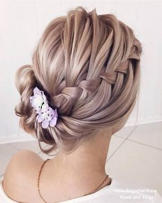 classic wedding hair classical wedding hairstyles side updos with french braid lenabogucharskaya via Bohemian Hairstyles, Box Braids Hairstyles, Formal Hairstyles, Classic Hairstyles, Hairstyle Ideas, Hairstyles 2016, Pretty Hairstyles, Wedding Hairstyles Side, Wedding Hairdos