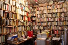 Paris Day Two - Love & Adventure Ile Saint Louis, St Louis, English Book, Paris, Wander, Fun Travel, Travel Ideas, Adventure, Bookshelves