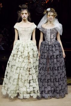 10. Vivienne Westwood S/S 2012. The dresses have full skirt (not too full though as in 1830-1835) and fitted bodice which lacks the ruffled bertha to make it even more similar to the Romantic Period.