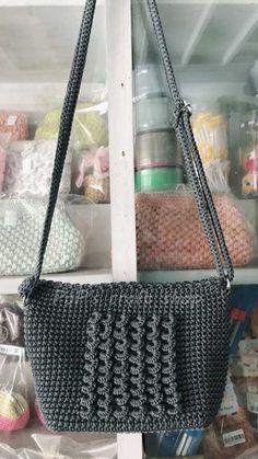 Marvelous Crochet A Shell Stitch Purse Bag Ideas. Wonderful Crochet A Shell Stitch Purse Bag Ideas. Crochet Shell Stitch, Crochet Handbags, Craft Shop, Shells, Tote Bag, Purses, Pattern, Crafts, Shopping