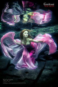 dancing underwater by HendrykJava #Underwater #fadighanemmd