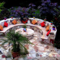 Love the firepit/coffee table idea. The Center has a fire-pit that is covered by Brazilian marble during warmer months, and is used as a coffee table. During colder months, the marble top is removed to use the fire-pit. Too much stone but nice idea Tropical Pool, Tropical Landscaping, Landscaping With Rocks, Landscaping Ideas, Outdoor Landscaping, Fire Pit Furniture, Outdoor Furniture Sets, Outdoor Decor, Outdoor Living