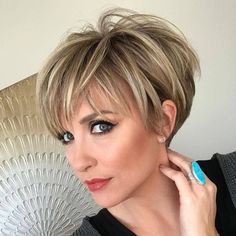 Easy Daily Short Hairstyle for Women, Short Haircut Ideas #beautyhairstyles