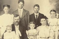 John H. Doss and Family - 1904 We Are Family, To Loose, Genealogy, Vintage Photos, Presidents, Royalty, Old Things, History, Pictures