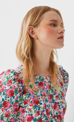Printed poplin dress in Stradivarius for only ILS available for a limited time. null for women always on trend, come in and find out now! Poplin Dress, Floral Tops, Outfit, Women's Fashion, Dresses, Design, Products, Poplin, Woman Dresses