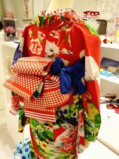 浴衣でお出かけのおすすめスポットは、小江戸 川越。川越氷川神社 で風鈴街道や幻想的なライトアップなど、夕涼みにも良さそうです。縁結びの神様なのでカップルで...