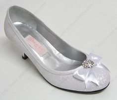 low heel boots | wedding shoes low heels provides you with the perfect wedding shoes ...