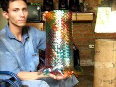 FLORERO DE BOTELLAS PLASTICAS, VASE OF PLASTIC BOTTLES, UN FLEURISTE DE ...