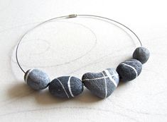Choker made of river stones in Paper Mache Heart by Sognoametista, €28.00