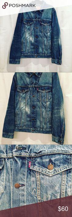 Levi Denim Jean Jacket Size XL This Levi Blue Jean Jacket is a size XL and it's like new! Worn a few times no wear on the jacket. Levi's Jackets & Coats