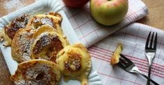 Deliziose frittelle di mele, con una pastella profumata alla cannella e cotte nel burro, per un risultato sorprendentemente delizioso !